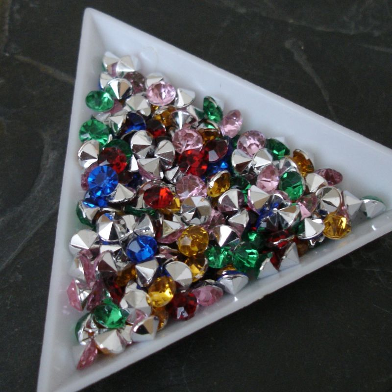 Akrylové šatony cca 5 mm - mix barev - 50 ks
