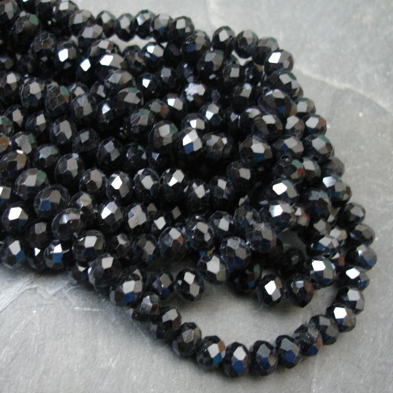 Broušené skleněné rondelky cca 6x4mm - černé