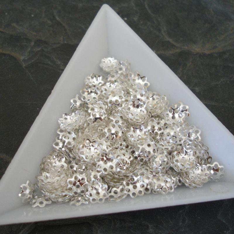 Kaplík kytička 6 mm - stříbrná - 100 ks