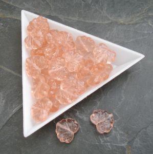 Mačkané korálky lístečky 13x11mm - růžovooranžové