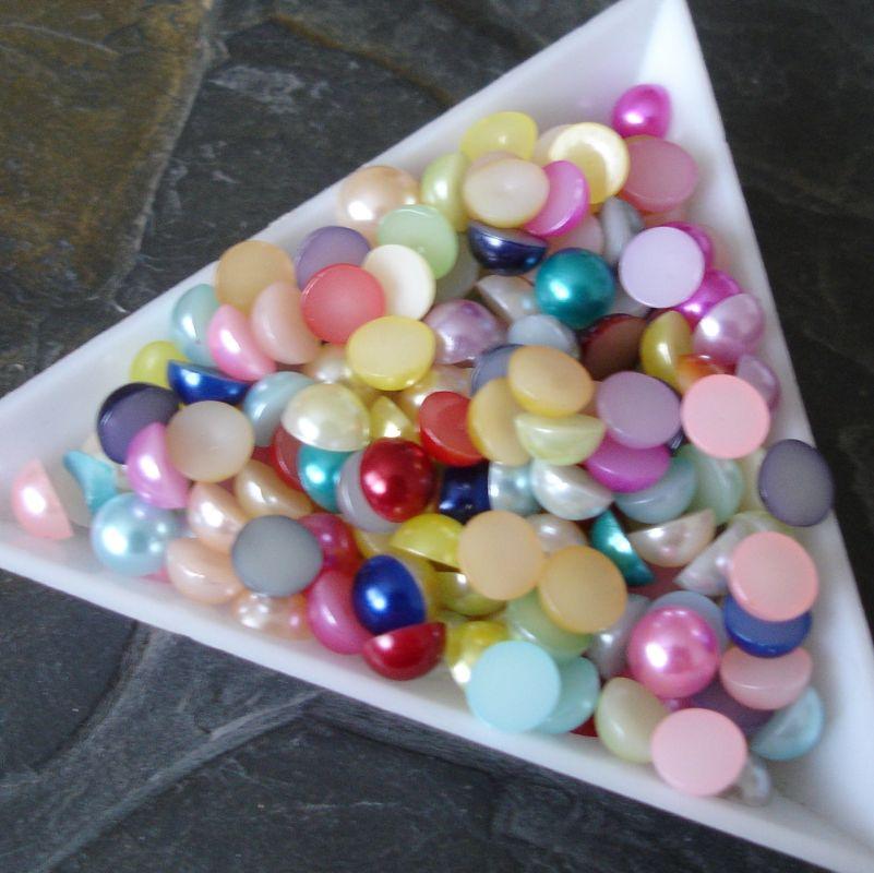 Plastové půlperle cca 6mm - mix - 50 ks