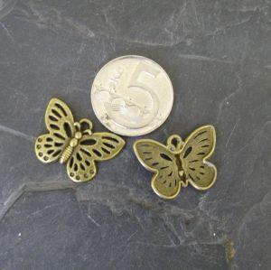 Přívěsek motýlek 25x17mm - starobronzový