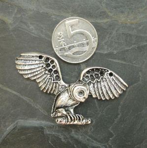 Přívěsek sova v letu cca 31x60 mm - starostříbrný - 1 ks