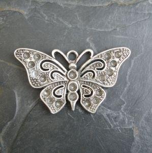 Přívěsek motýl 67x37 mm - starostříbrný