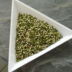 Skleněné šatony cca 1,8 - 1,9 mm - zelené - 50 ks