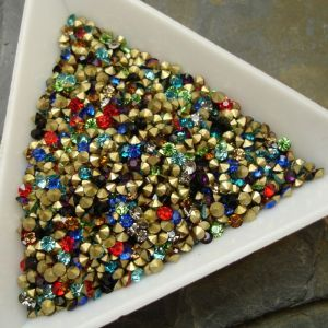 Skleněné šatony cca 2,1-2,2 mm - mix barev I. - 50 ks