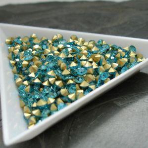 Skleněné šatony cca 3,0 - 3,2 mm - azurové - 50 ks