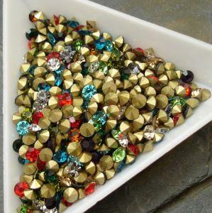 Skleněné šatony cca 3,3-3,4 mm - mix barev I. - 50 ks