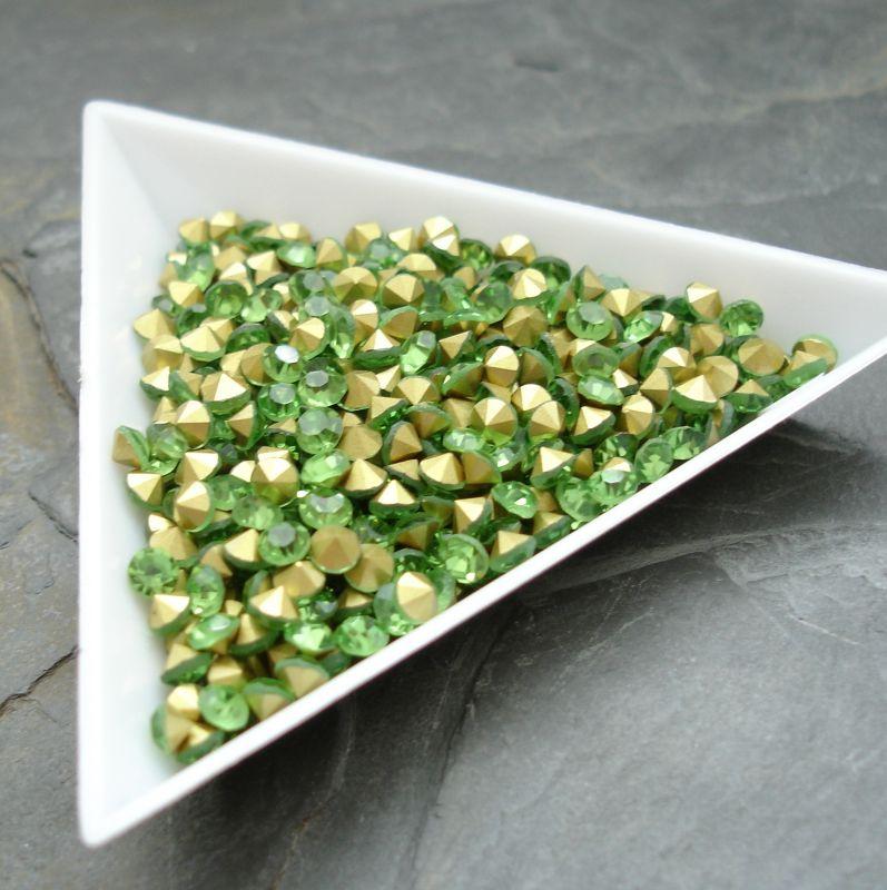 Šatony cca 3,3 - 3,4 mm - sv. zelené