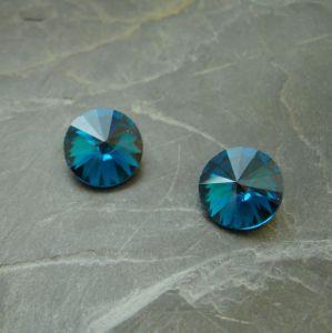 Skleněný broušený kamínek 16mm - modrozelený