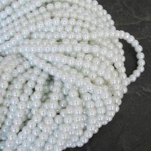 Skleněné voskované kuličky cca 6mm - bílé - 50 ks