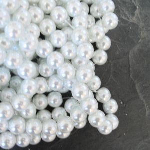 Skleněné voskované kuličky cca 8mm - bílé