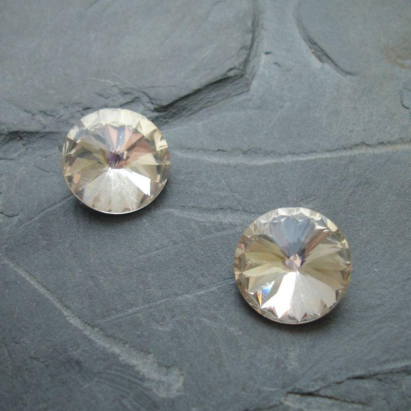 Skleněný broušený kamínek rivoli 12mm - čirý - 1 ks
