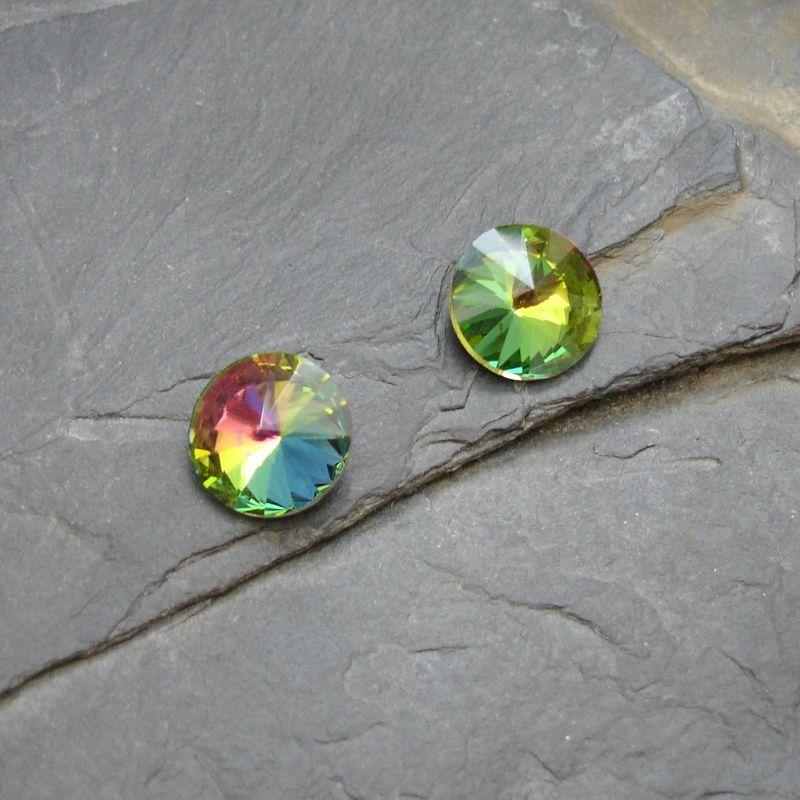 Skleněný broušený kamínek rivoli 12mm - zelený duhový - 1 ks