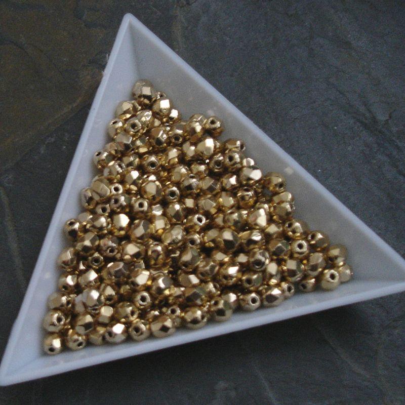 Broušené korálky 4mm - zlaté - 20 ks