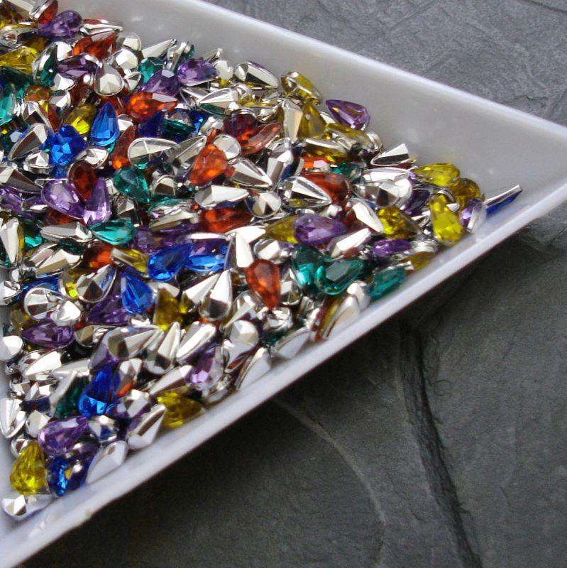 Akrylová kapka cca 3x5mm - mix - 20 ks
