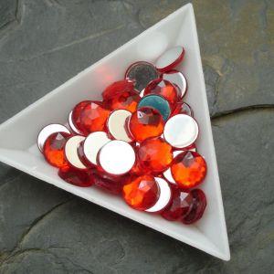 Kamínek akrylový 10mm - červený - 6 ks