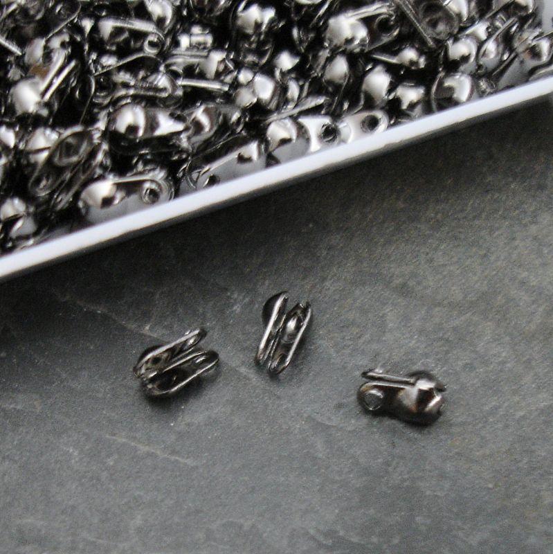 Kalotka 6x3,5mm s očky - gunmetal - 50 ks