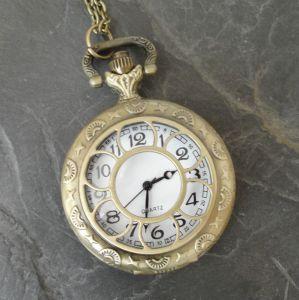 """Kapesní hodinky """"cibule"""" - starobronzové č. 9."""