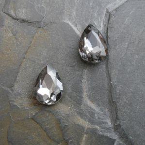 Skleněný broušený kamínek 10x14mm - černý kouřový - 1 ks