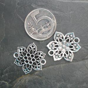Konektor, mezikus květ 24,7x24,7mm - starostříbrný