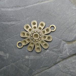 Spojovací díl květ 29x21mm - starobronzový - 1 ks