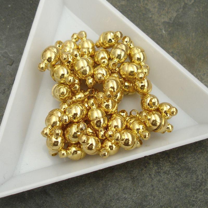 Magnetické zapínání oválné cca 11x5mm - zlaté - 1 ks