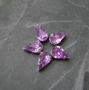 Akrylové kamínky 10x6mm v kotlíku - fialové