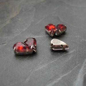Našívací akrylové kamínky 10x6mm v kotlíku - tmavě červené - 1 ks