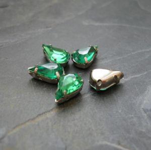 Našívací akrylové kamínky 10x6mm v kotlíku - tmavé zelené - 1 ks