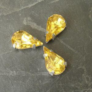 Akrylové kamínky 13x8mm v kotlíku - jantarové - 1 ks