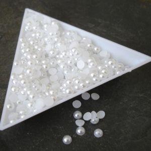 Kabošonek plastový - 4mm - bílý