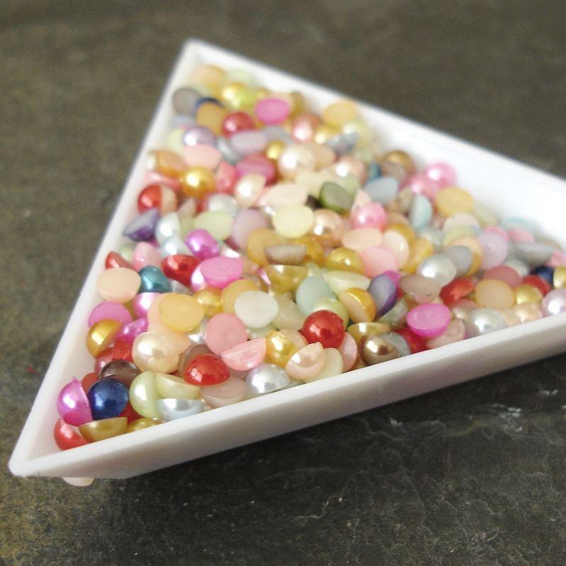 Plastové půlperle cca 4mm - mix II. - ks - 100 ks