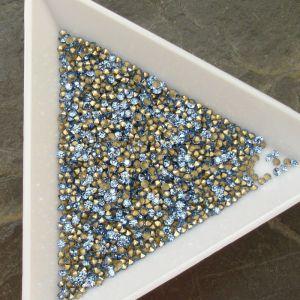 Skleněné šatony cca 1,5 - 1,6 mm - sv. modré - 50 ks