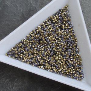 Skleněné šatony cca 1,6 - 1,7 mm - fialové - 50 ks