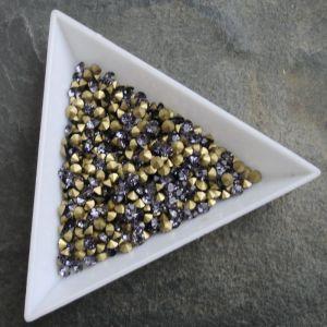 Skleněné šatony cca 2,4 - 2,5 mm - fialové - 50 ks