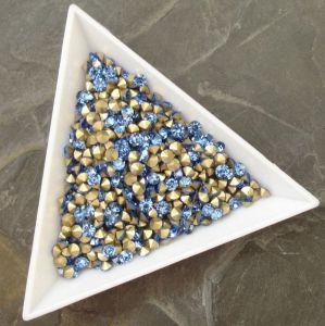 Skleněné šatony cca 3,0-3,2 mm - sv. modré - 50 ks