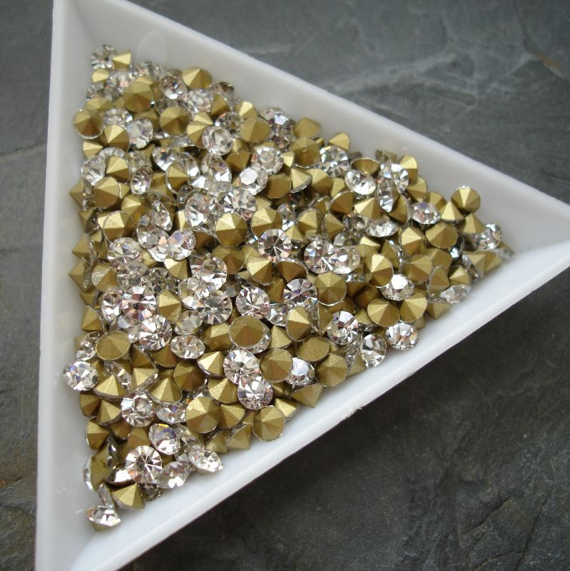 Šatony cca 2,9 - 3,0 mm - čiré - 50 ks