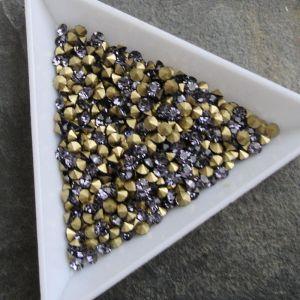 Skleněné šatony cca 2,9 - 3,0 mm - fialové - 50 ks