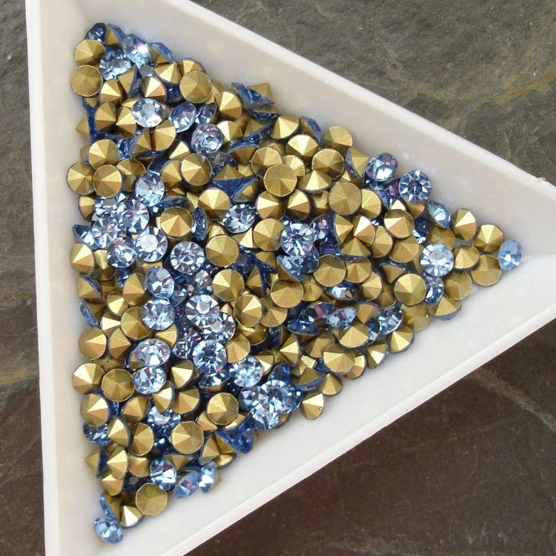 Šatony cca 3,4-3,5 mm - sv. modré - 25 ks