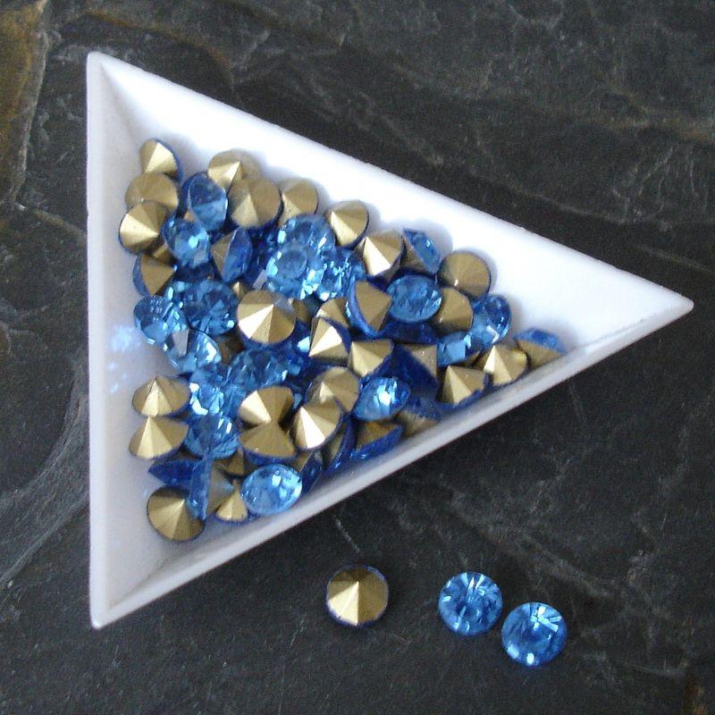 Šatony cca 3,8-3,9 mm - sv. modré - 25 ks