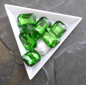 Broušený kamínek obdélník 13x18mm - zelený