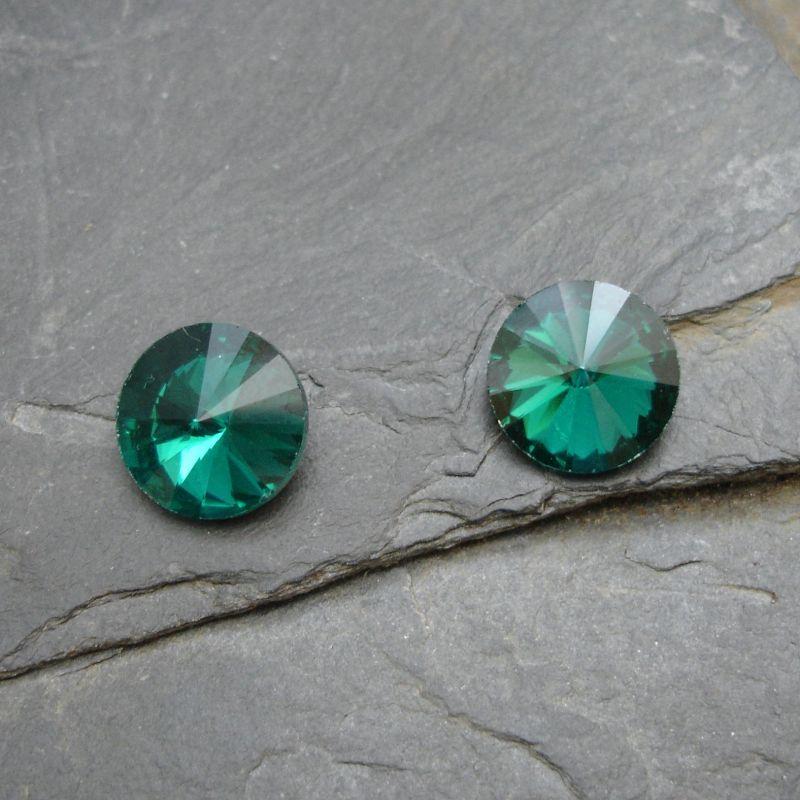 Skleněný broušený kamínek rivoli 10mm - zelený tm. - 2 ks