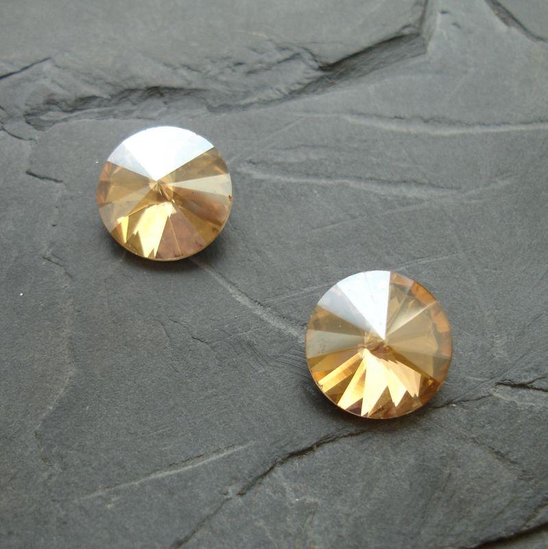 Skleněný broušený kamínek rivoli 14mm - krémový - 1 ks