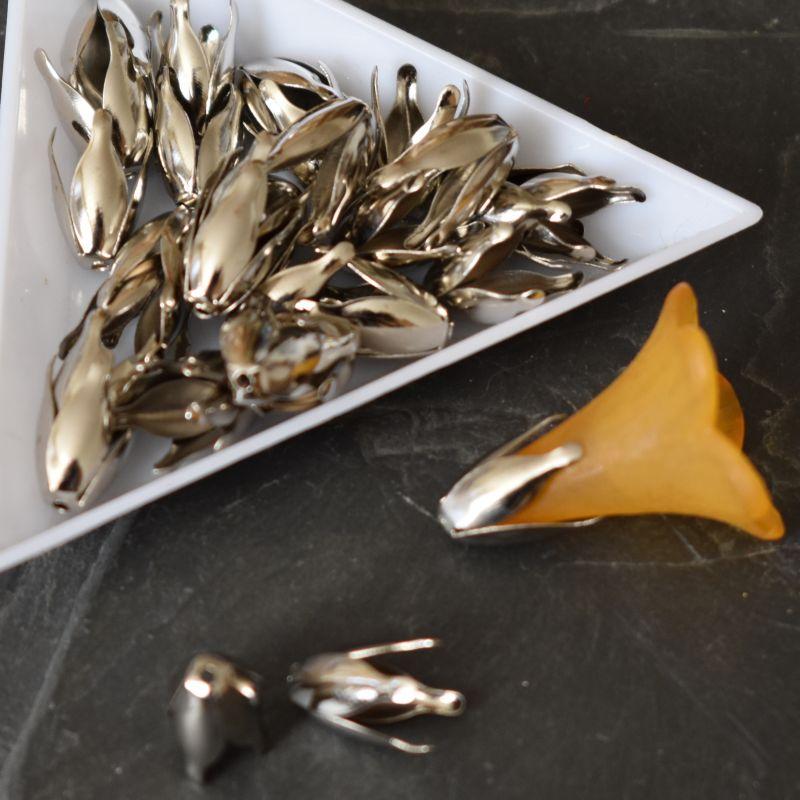 Kaplík 13x7 mm - platinový - 100 ks