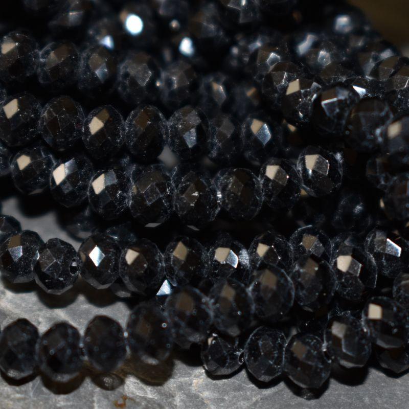 broušený korálek rondelka 4x3 mm - černá - 20 ks