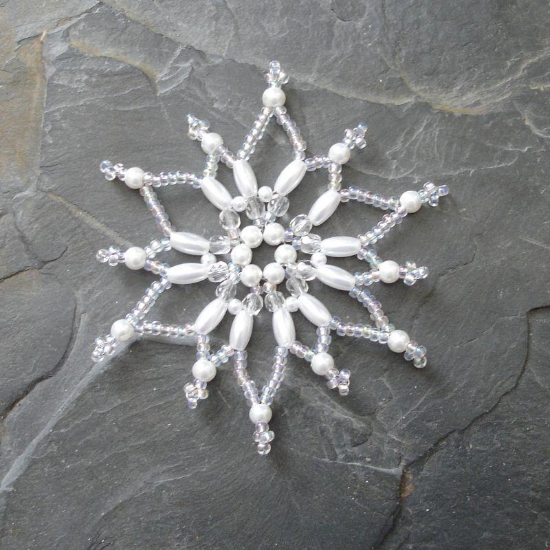 Hvězda z korálků č. 1 - bílá - 1 ks Jelínková Martina