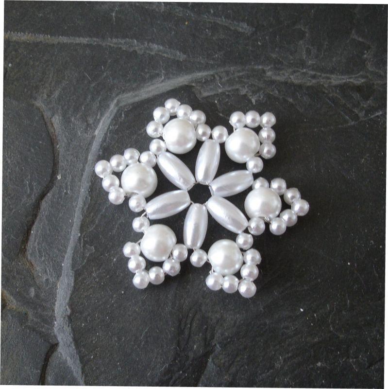 Hvězda z korálků č. 10 - bílá - 1 ks Jelínková Martina