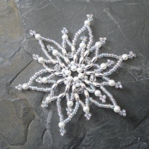 Hvězda č. 4 - bílo-stříbrná