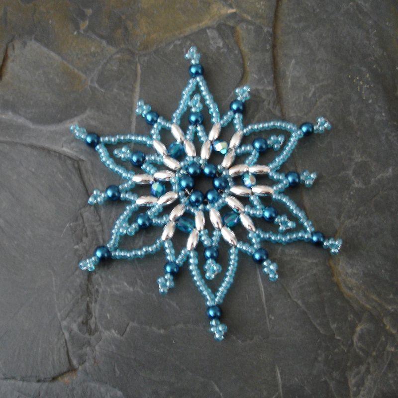 Hvězda z korálků č. 8 - modro-stříbrná - 1 ks Jelínková Martina